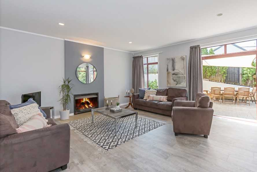 Lovely large lounge for family gatherings