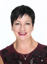 Lorraine Garnett