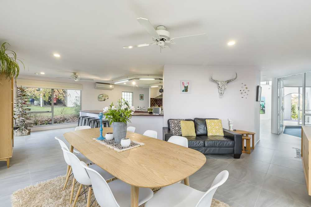 light and spacious open plan