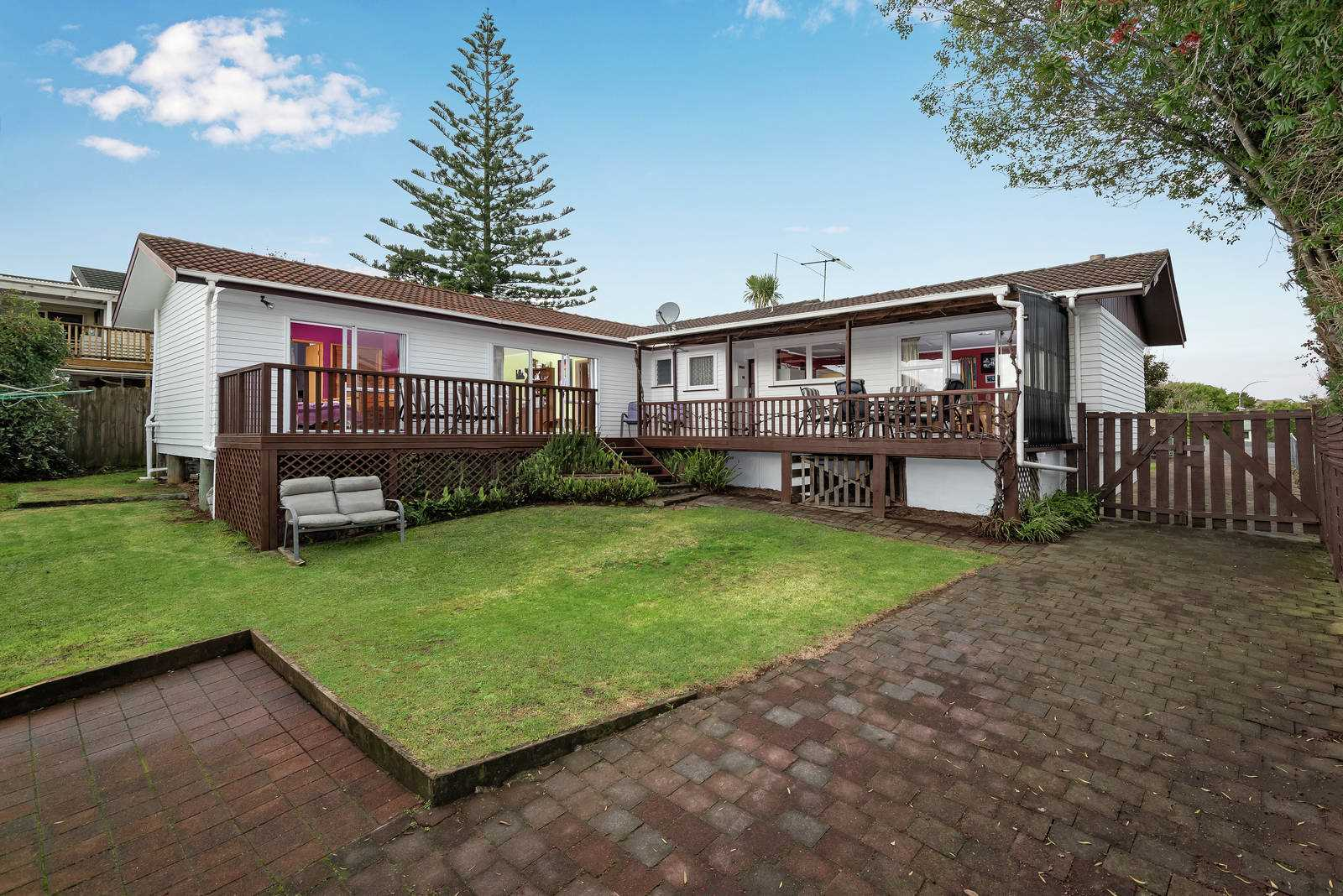 Large 4 Bedroom Family Home on 640sqm