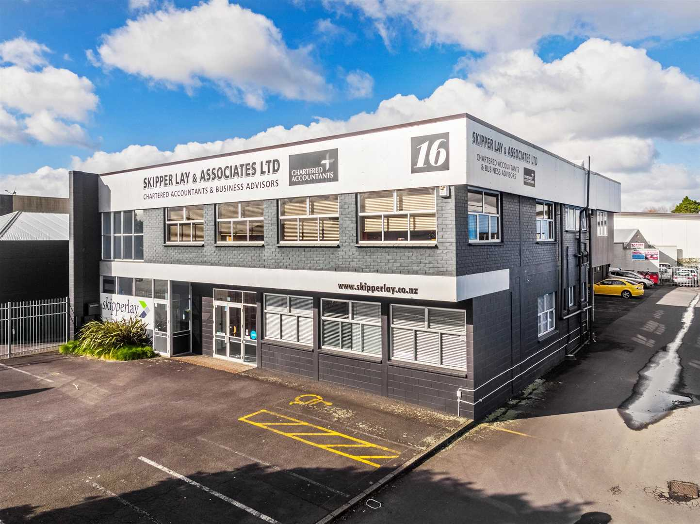 Papakura Office building for sale