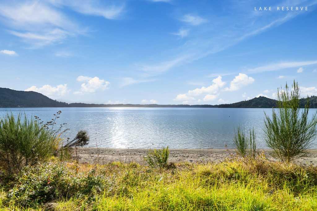 Lake Edge Bach