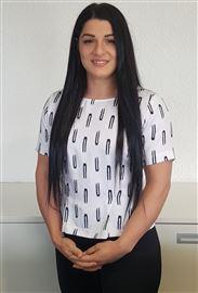 Yasmin Qastom