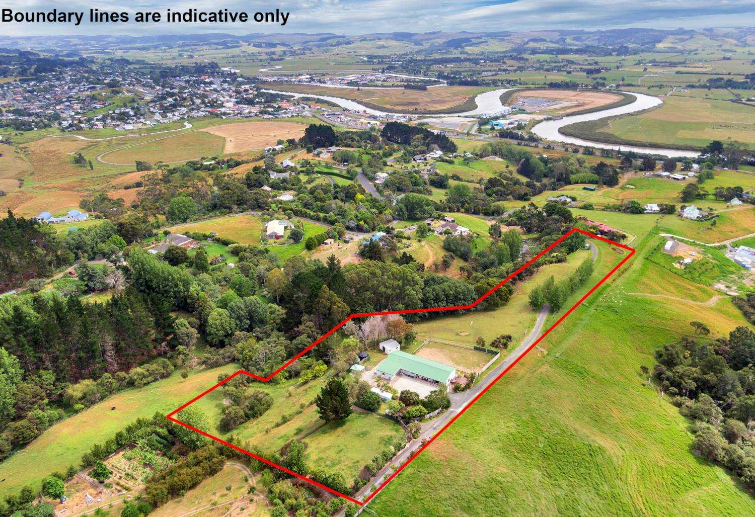Large Family Home Bird's-Eye Views