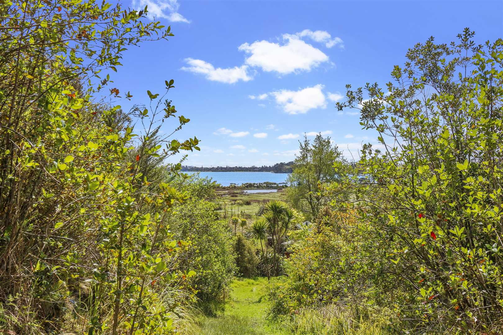 Build Your Dream Home, Waterfront Position