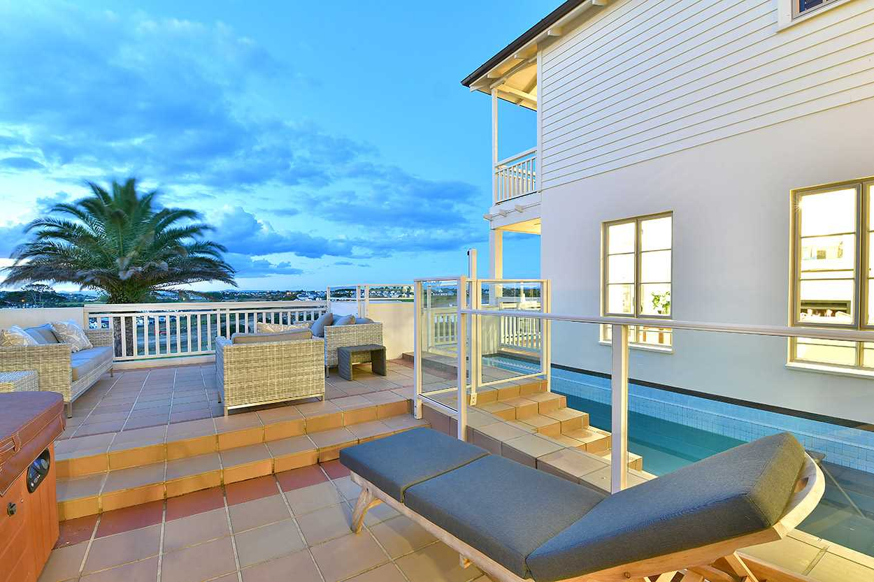 ... or the large northerly deck with the pool