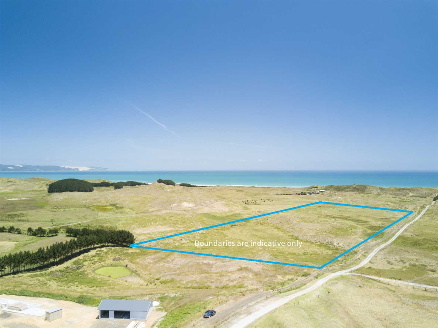Private Driveway With Access to Ninety Mile Beach