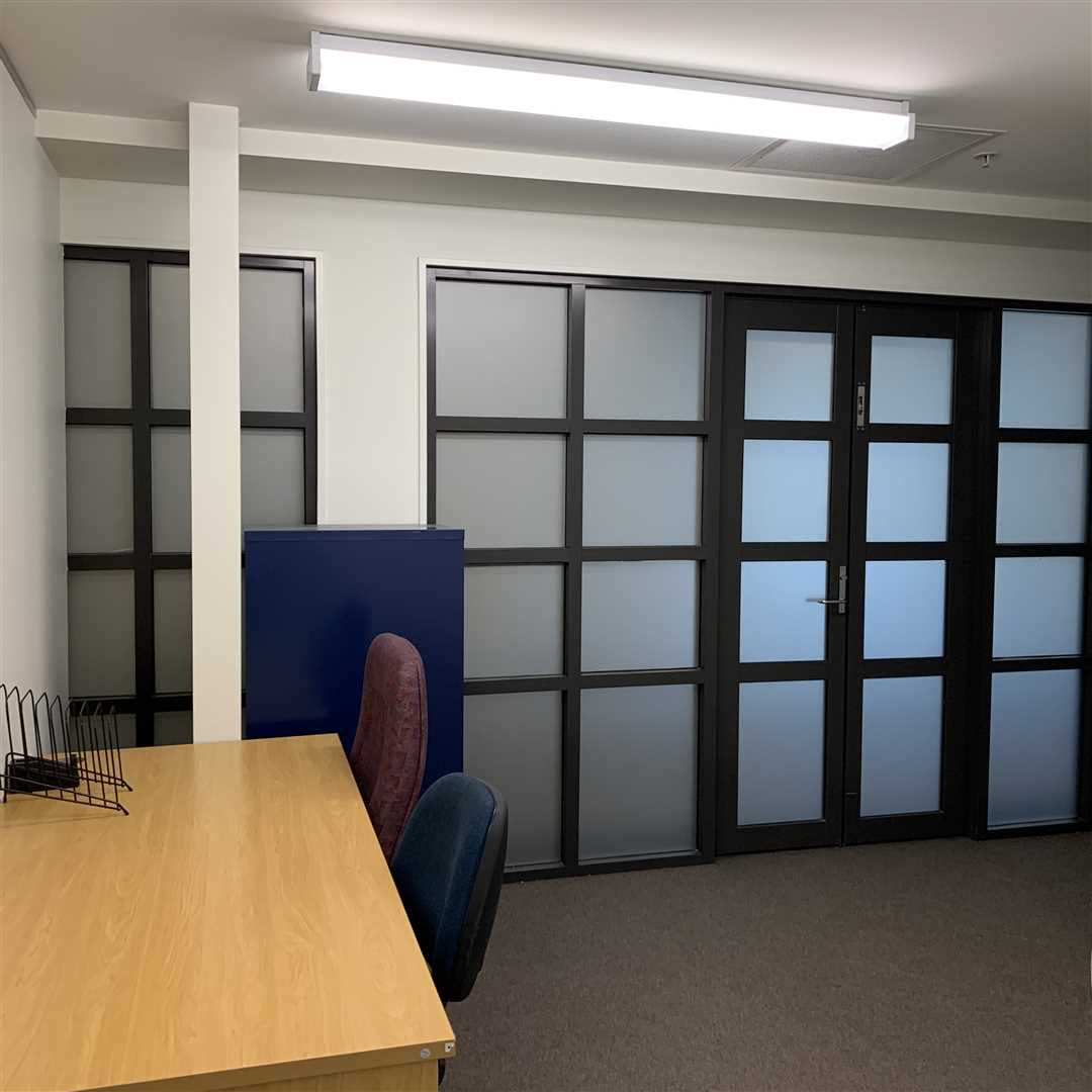 Office 7 with furniture
