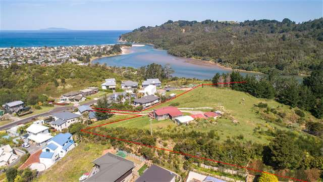 409 The Drive, Whangamata