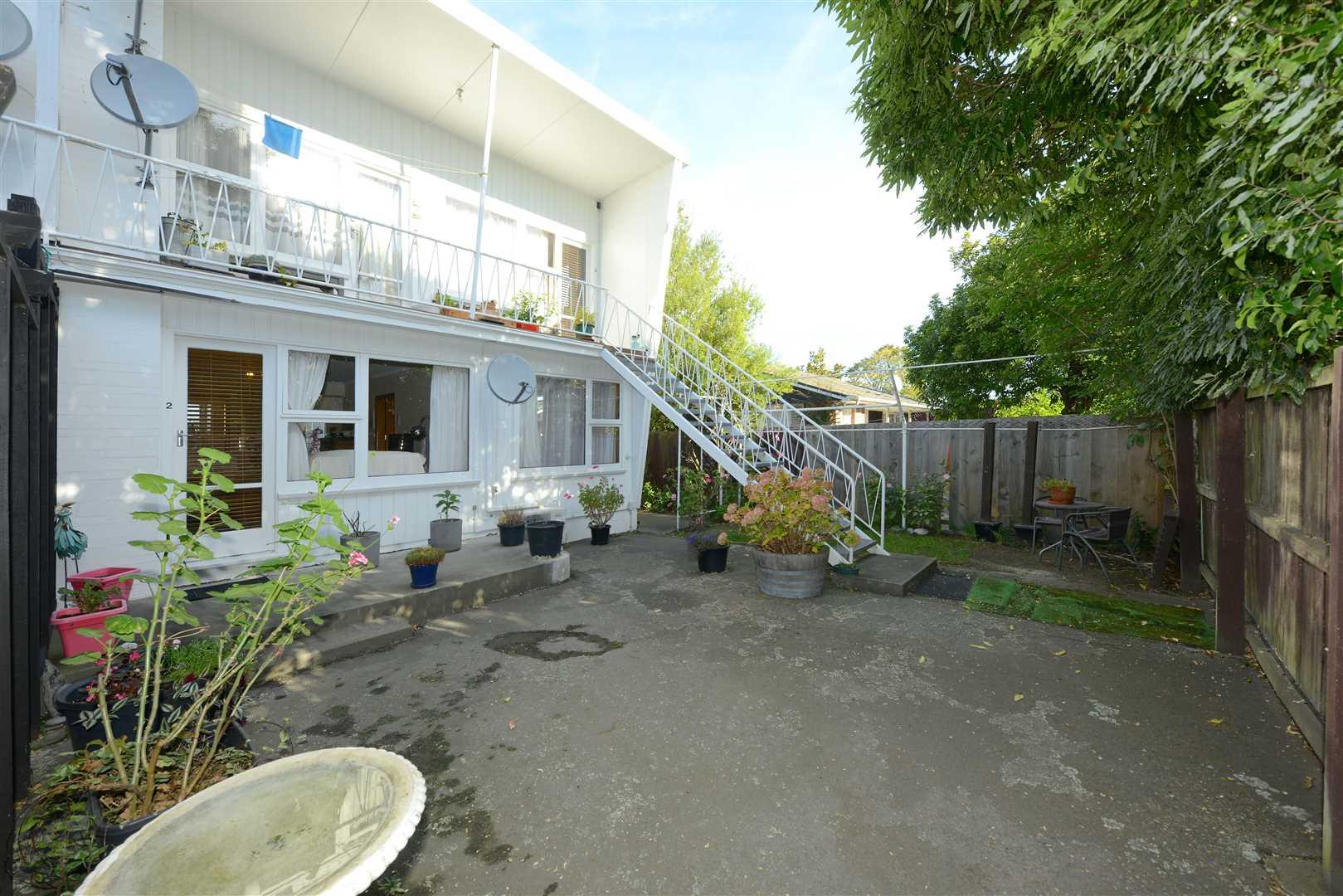 2&3/23 Donald Place, Merivale - Christchurch City