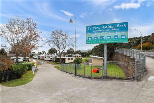 E10 473 Thames Coast Road, Te Puru