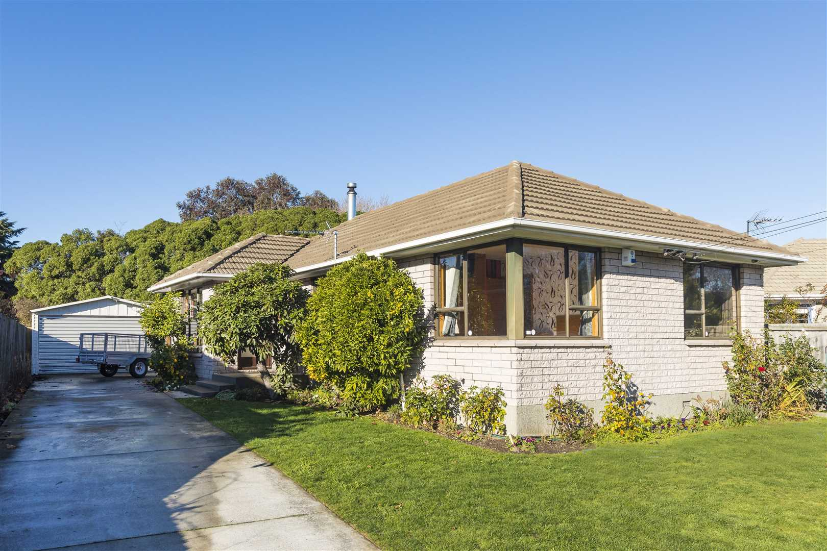 8 Ormandy Place, Bromley